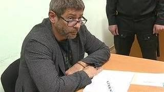 За езду без прав актер Валерий Николаев отсидит 15 суток