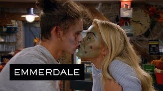 Emmerdale - Leanna and Jacob's Kiss Turns Sour