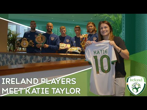 INSIDE ACCESS | Players meet World Champion Katie Taylor in London
