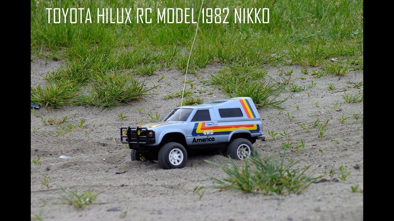 Toyota Hilux 1982 4wd Rc Model Nikko Youtube