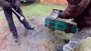 Готовим раму на трактор Бизон.(С чего начинается строительство трактора Бион? Как можно легко и быстро срубить заклёпки с рамы трактора Т-150., 2016-10-10T15:48:32.000Z)
