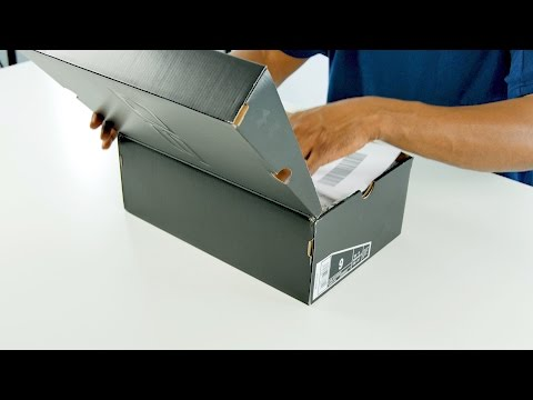 A Very EXCLUSIVE Sneaker UNBOXING From STEPH CURRY