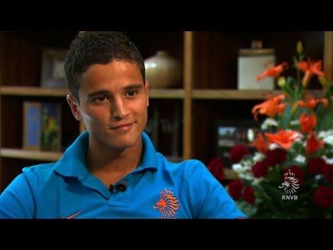 16-06-2012: In gesprek met Ibrahim Afellay (KNVB.TV)