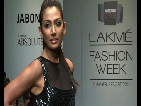 LFW: Monica Dogra in a sexy outfit -...