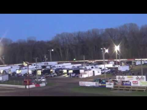 Hamilton County Speedway 4/22/17 Stock Car Heat Race 2