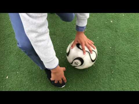 Hur Man Lär Sig Skjuta Bra Skott På Fotboll
