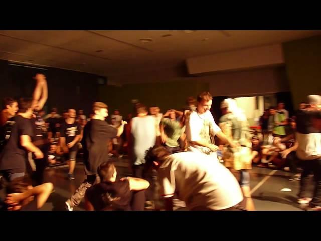 Amazing B-Boy Noccio  avoid Gopro camera at Cavalieri dell'asfalto Virux Edition Battle