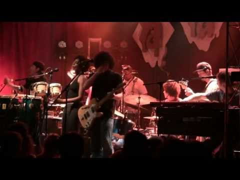 Orgone - Who Knows Who & Give It Up 6/17/11 Louisville, KY @ Headliners (HD)