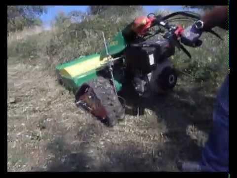 motocoltivatore ferrari con cingoli in gomma e trincia