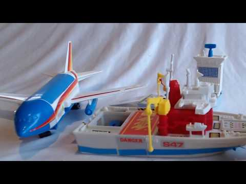 Vintage Toy Review - World's Smallest Matchbox/Micro Motor World #15 - Air/Sea Transport
