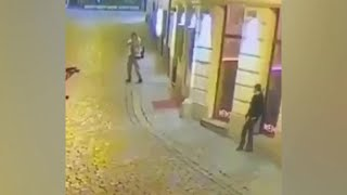 В Австрии максимально усилены меры безопасности после потрясших всех нападений в Вене.