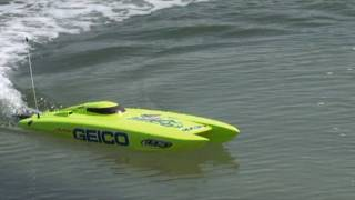 RC Electric Speed boat - Miss Geico from ProBoat - bu Fatima RC Videos