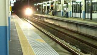 新スカイライナー夜間試運転 東松戸通過シーン