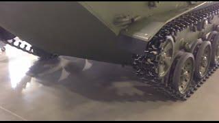 Полированный бетон на службе России - танков не боится.(Упрочненный и отполированный бетон - самое мощное техническое решение, поверхность не разрушается даже..., 2014-11-19T15:46:10.000Z)