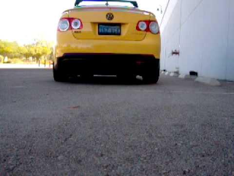 VW JETTA MK5 GLI TURBO duel exhaust sound