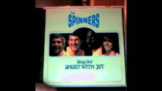 05 The Spinners: The Holly and the Ivy
