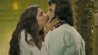 Cute Kiss between Deepika Padukone & Ranveer Singh