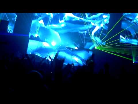 Hardwell - Solid NYE 2014 - Vancouver @ Pacific National Exhibition - December 31, 2013 - Part 1