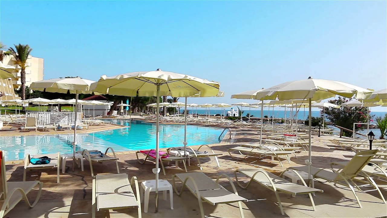 fig tree bay cypern