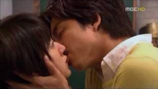Repeat youtube video The 1st Shop of Coffee Prince ~Kissing Scenes~ Gong Yoo & Yoon Eun Hye