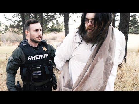 MAN THINKS HE'S JESUS, TRIES TO BAPTIZE THE NEIGHBORHOOD