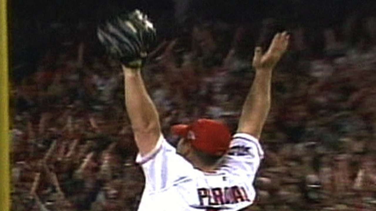 Download 2002 WS Gm7: The Angels win the World Series