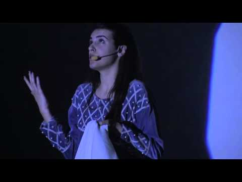 Daniela Mastrandrea | Claudine Jean-Pierre (Official Video) from YouTube · Duration:  3 minutes 7 seconds