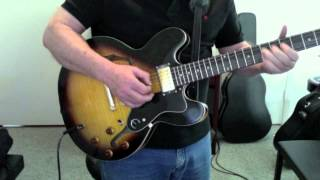 Epiphone Dot Electric Guitar Vintage Sunburst -  Blues Jam in A
