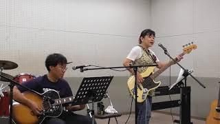 今回のテーマは「夏」です。 DONちゃん(ボーカル・ベース)の歌いな...