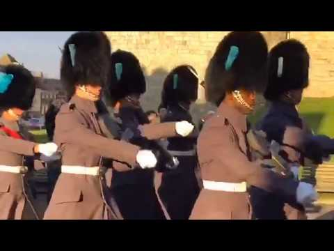 Windsor Castle Changing of the Guard with Bagpipes