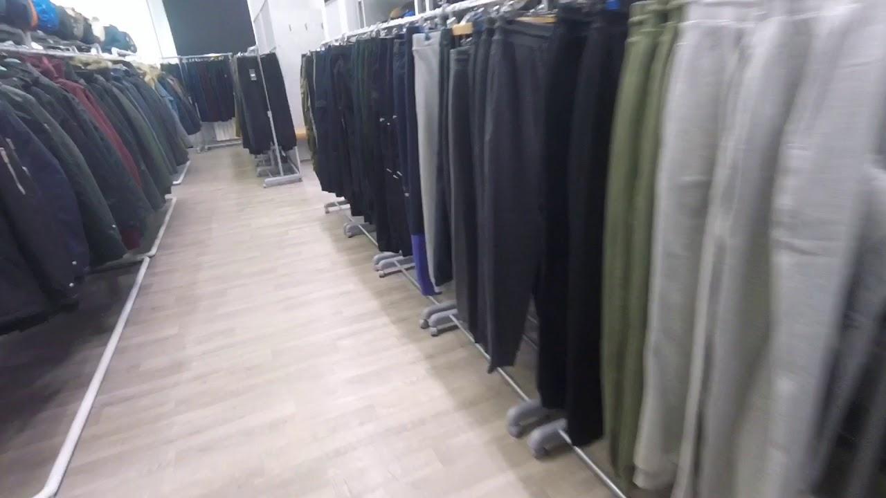 Продажа мужских брюк джоггеров в интернет-магазине москве. Черные штаны цвета камуфляж.
