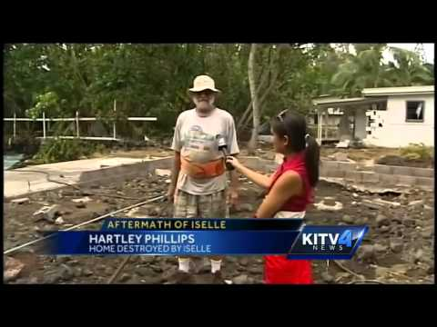 Storm damage reaches along Kapoho Bay