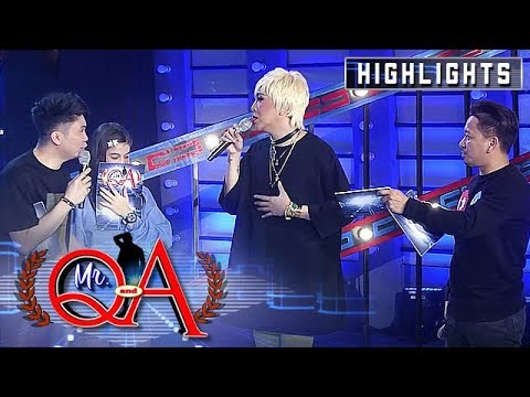 Vhong makes fun of Vice Ganda | It's Showtime Mr. Q and A