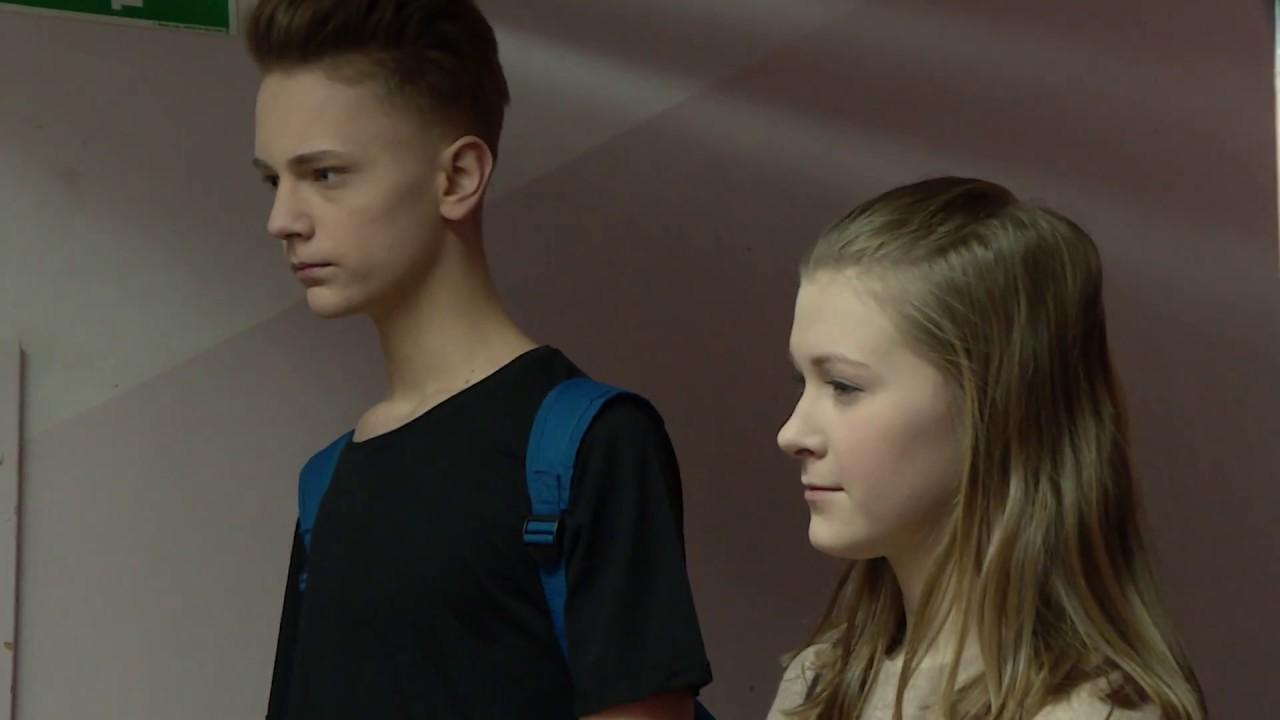 Dziewczyna chciała zemścić się na szkolnej rywalce [Szkola ODC. 424]