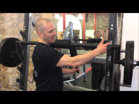 Video portable safety squat handles 345x5 for Homemade safety squat bar