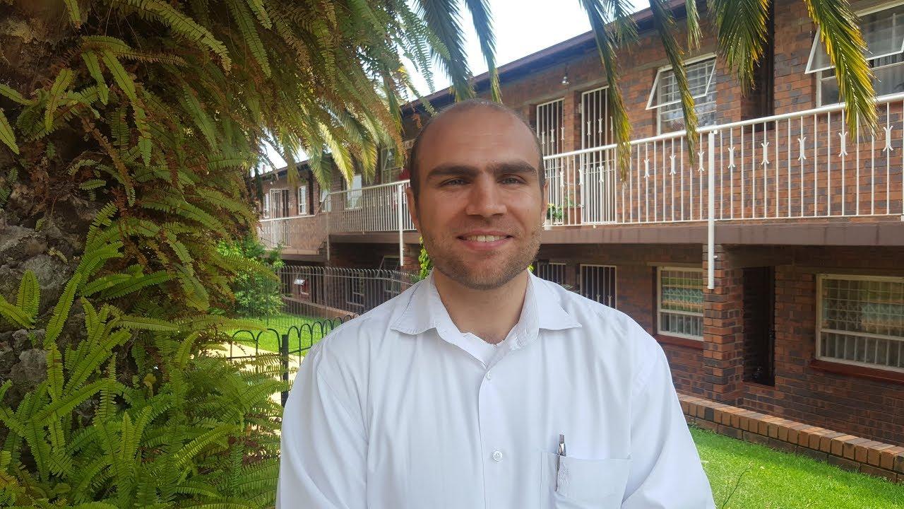 Quick Buy Properties Pty Ltd - About Leon G  Marincowitz
