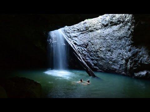 Cliff Jumping - Waterfall | Australia, Springbrook Nationalpark