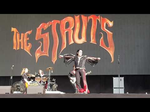 The Struts - Dirty Sexy Money (Live) Firenze Rocks 2019