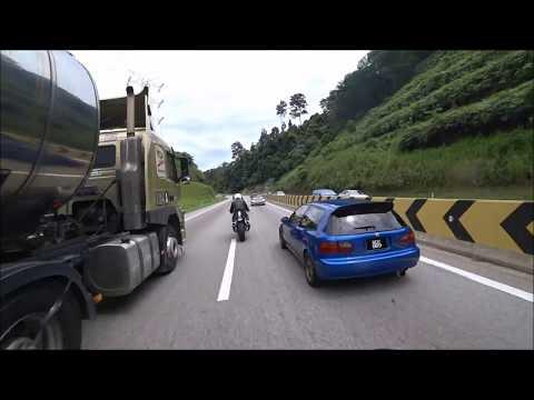 250km/h Lady Rider - Karak Highway