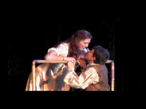romeo juliet balcony scene In the play romeo and juliet by william shakespeare, the mood of the balcony scene in act two is one of excitement, expectation and a little fear on the part of the audience in terms of the mood.