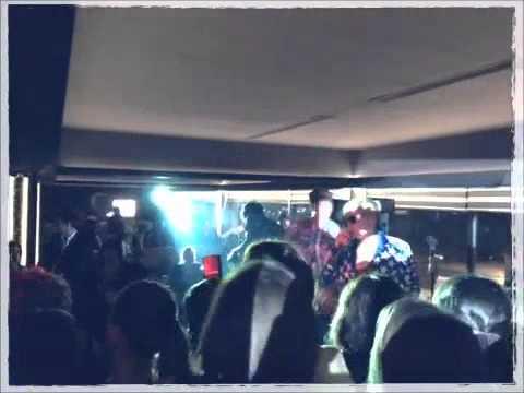 Quest Pistols - Он рядом (live in Baku, 'Eleven' Club 2011 ...