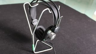 Cómo hacer un soporte para auriculares | el uso de la percha de ropa