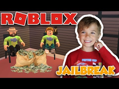 MAKING MONEY IN ROBLOX JAILBREAK | ROBBING JEWELRY STORE and THE BANK
