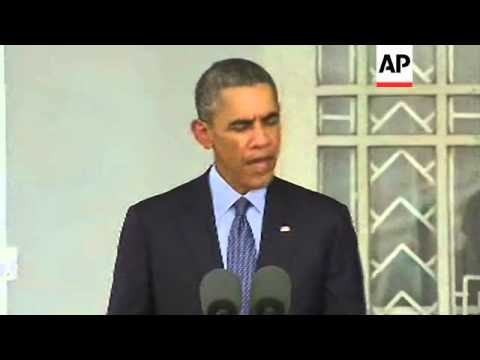 US President arrives in Myanmar; news conference with Aung San Suu Kyi