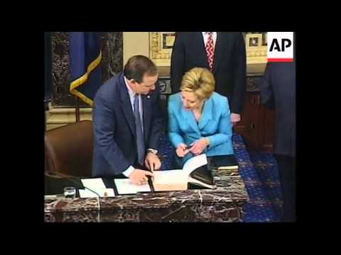 USA: WASHINGTON: HILLARY CLINTON SWORN IN AS SENATOR