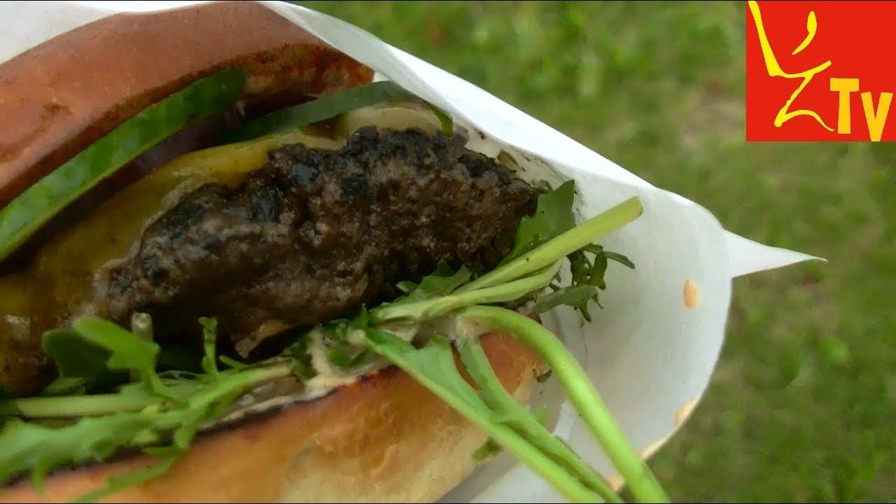 Azjatycki burger Hoisin BBQ - Azja w bule Food truck Warszawa