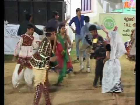 Gujarati Garba Song Navratri Live 2011 - Lions Club Kalol - Vikram Thakor - Mamta Soni Day-10 Part-6 from YouTube · Duration:  14 minutes 48 seconds