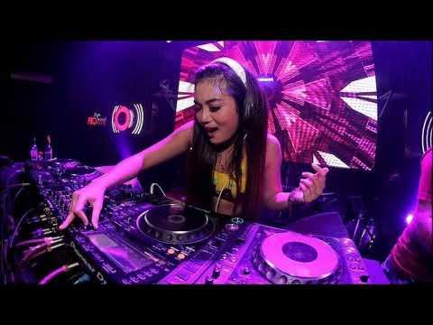 DJ SETENGAH GILA BREAKBEAT REMIX 2018