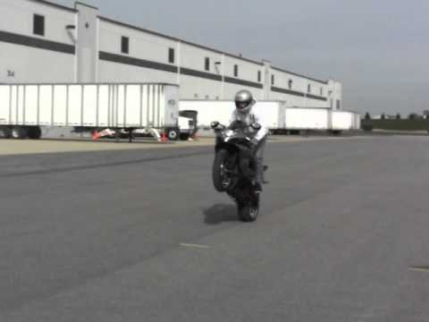 Justin Snow slow wheelie and scrapes tail....