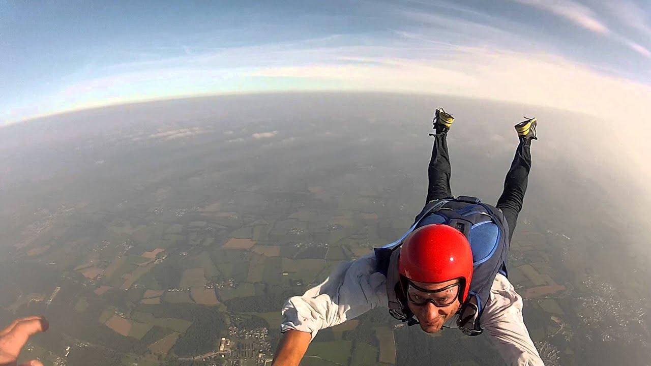 Saut en parachute, chute libre à Vannes, Bretagne